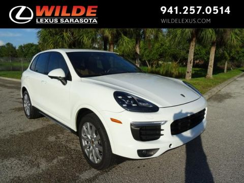 Pre-Owned 2017 Porsche Cayenne AWD